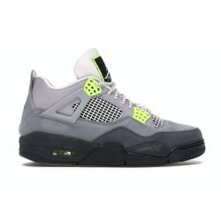 Size 11 - Jordan 4 Retro SE...